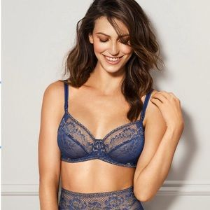 NWOT Wacoal Lace to Love Underwire Bra twilight bl